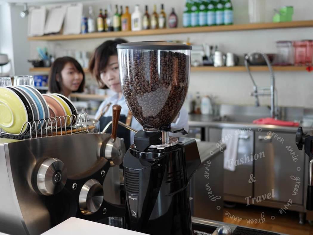 The Factory Mojocoffee,台中咖啡廳推薦,建築外觀舒適時尚咖啡好喝