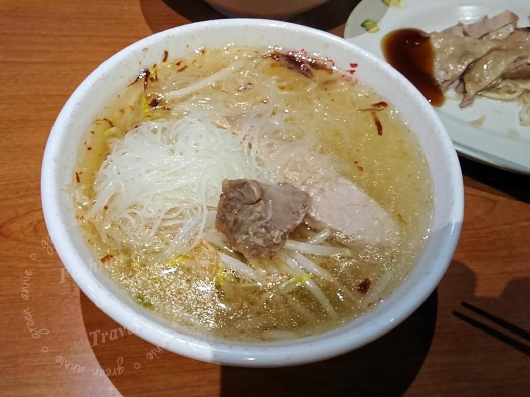 Goose meat noodles
