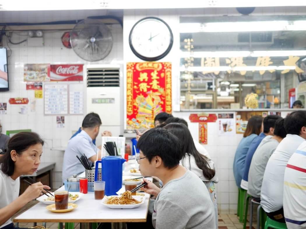 香港-新坤盛食堂
