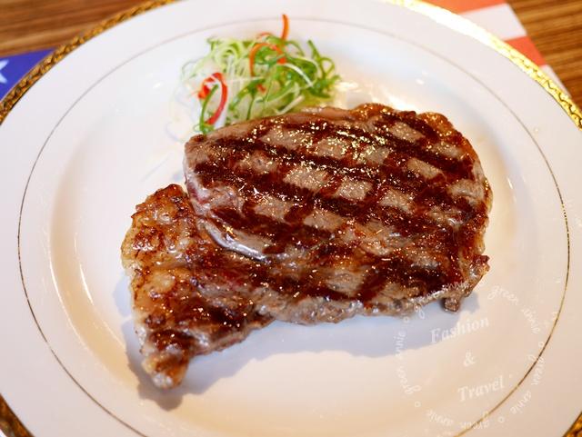 【台中美食】武之牛碳燒牛排館~平價肉質好的牛排館@台中南屯(已歇業) @吳大妮。Annie