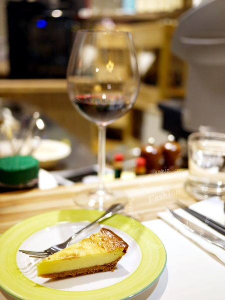 【高雄美食】MERCI餐酒館~朋友聚餐、品酒、用餐好去處 @吳大妮。Annie