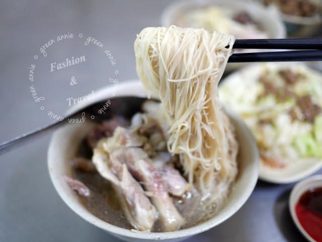 【台中美食】南屯豬腳麵線~在地老店排隊美食 @吳大妮。Annie