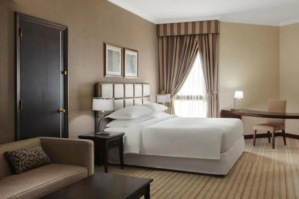 فندق شيراتون بالرياض