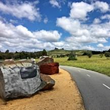 National Rock Garden-Salah satu pemandangan di sepanjang bike path di Lake Burley Griffin