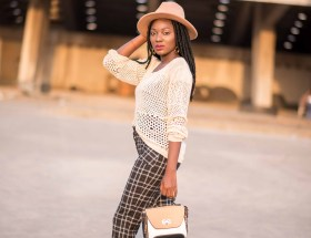 Oversized outfit idea nude outfit Style Blogger Wumi Tuase