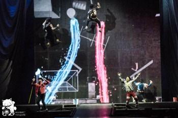 mj_cirque_7.jpg