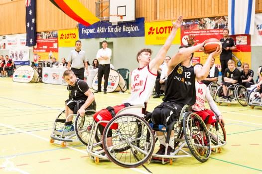 Sonntag Spiel 1: Schweiz vs. Deutschland