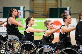 Das Team Germany gewinnt das zweite Spiel des Nations Cup Cologne gegen die Damen aus Spanien mit 36:66. Köln, Deutschland