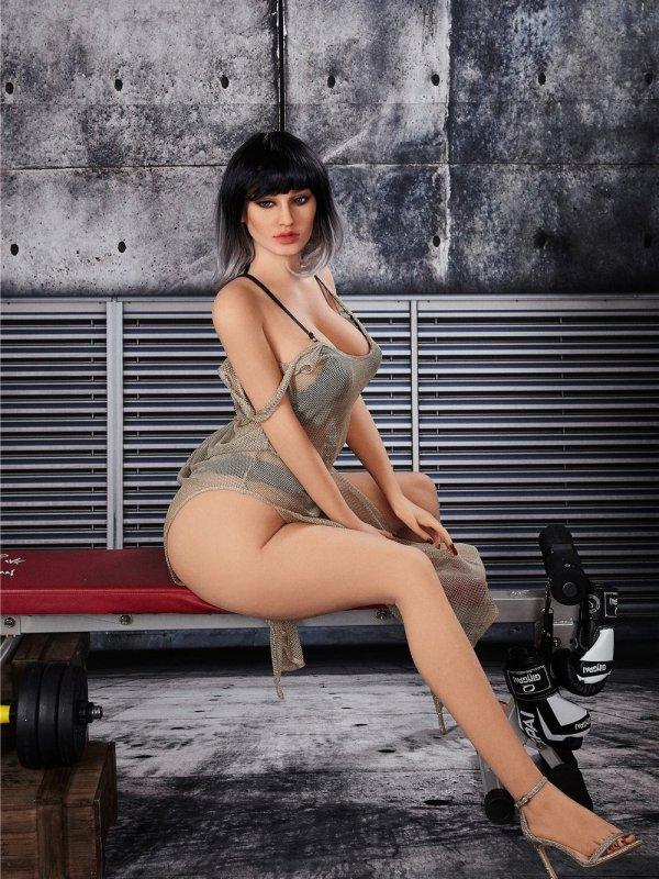 Madlene Sexdoll 5