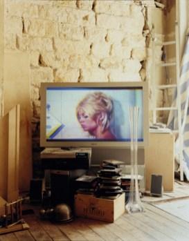 12 - Alec Soth, Bardot Paris, 2007