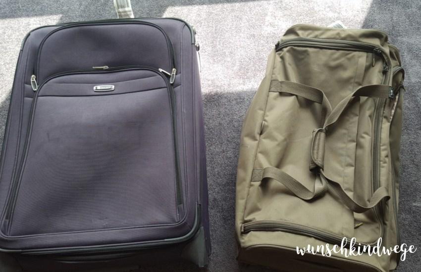 Packliste für Florida Urlaub, 1 Koffer und 1 Reisetasche