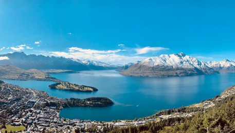 A majestic view over Queenstown from the top of the Skyline Gondola