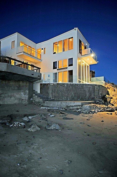 Limelight Listing Barry Manilow S Malibu Beach House