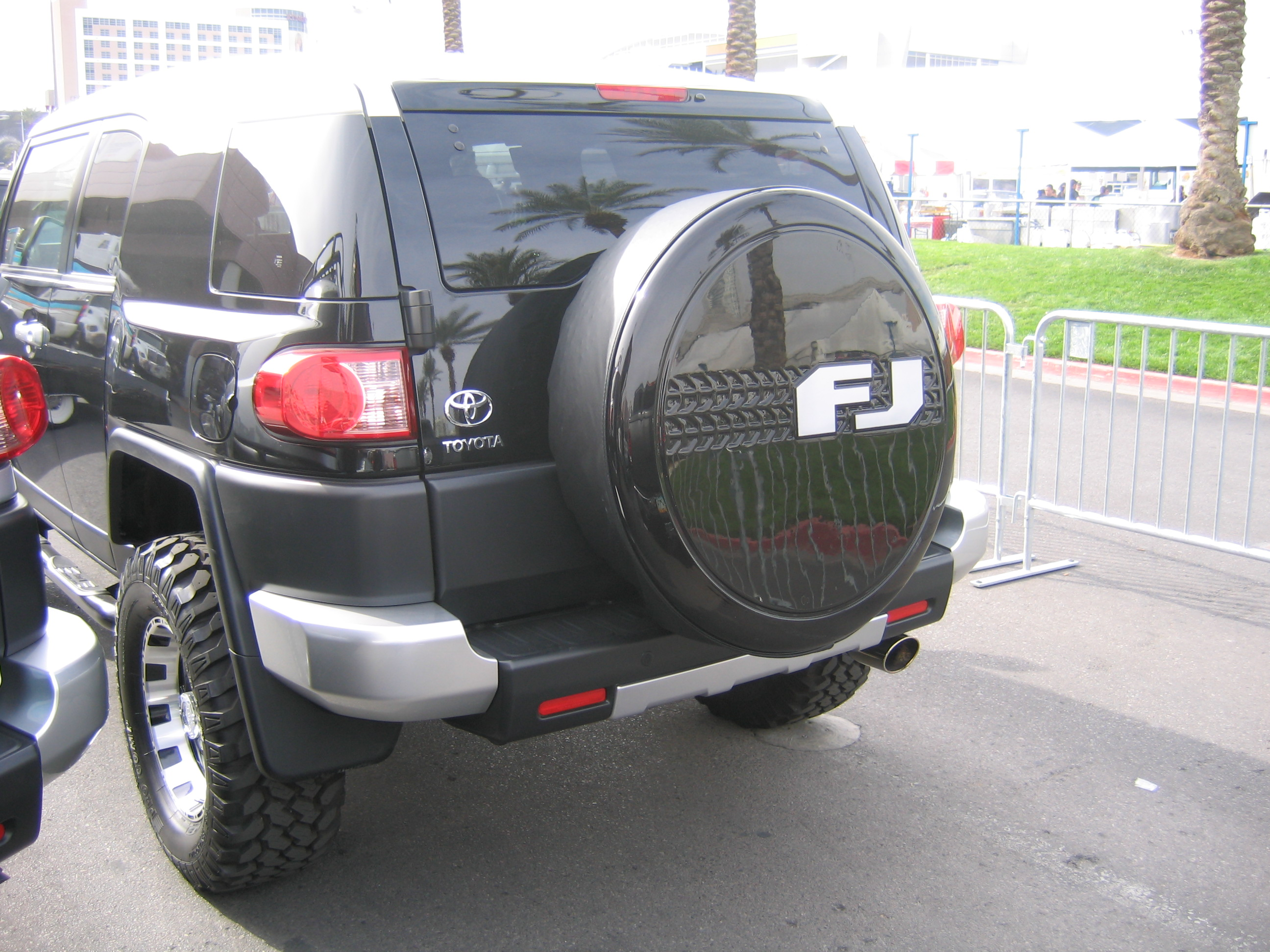Southwind Plastics FJ Cruiser Hummer and Jeep Tire Covers Sold