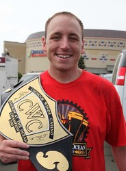 #1 Eater in the World Joey Chestnut Sets New Record and ...