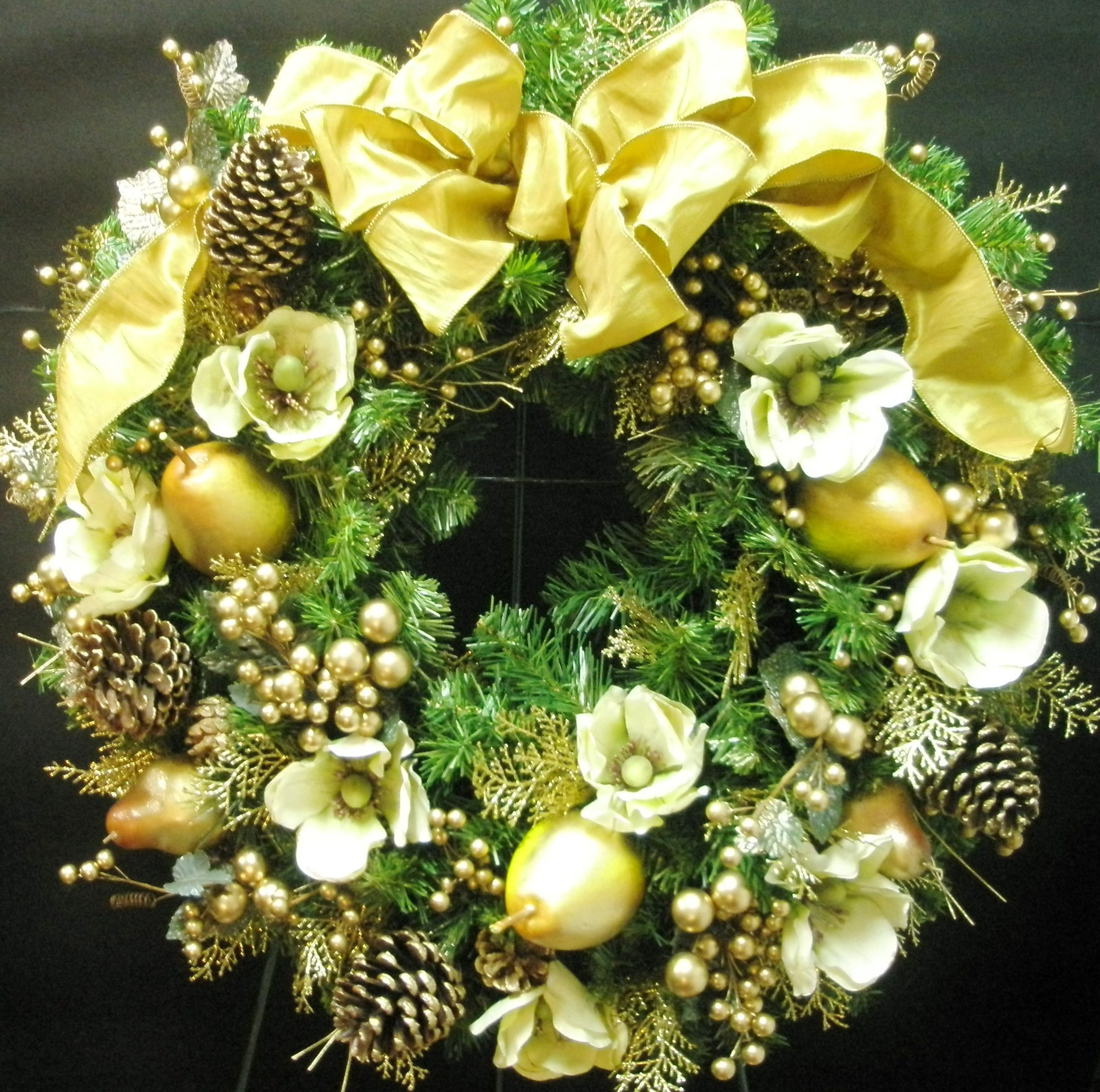 Personalized Christmas Wreaths From Blooming Floral Design
