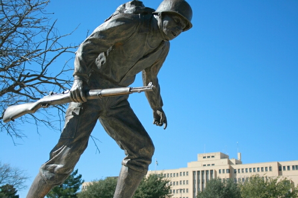 Big Statues Releases Public Hero Sculptures For A Memorial Park Located In Dayton Ohio