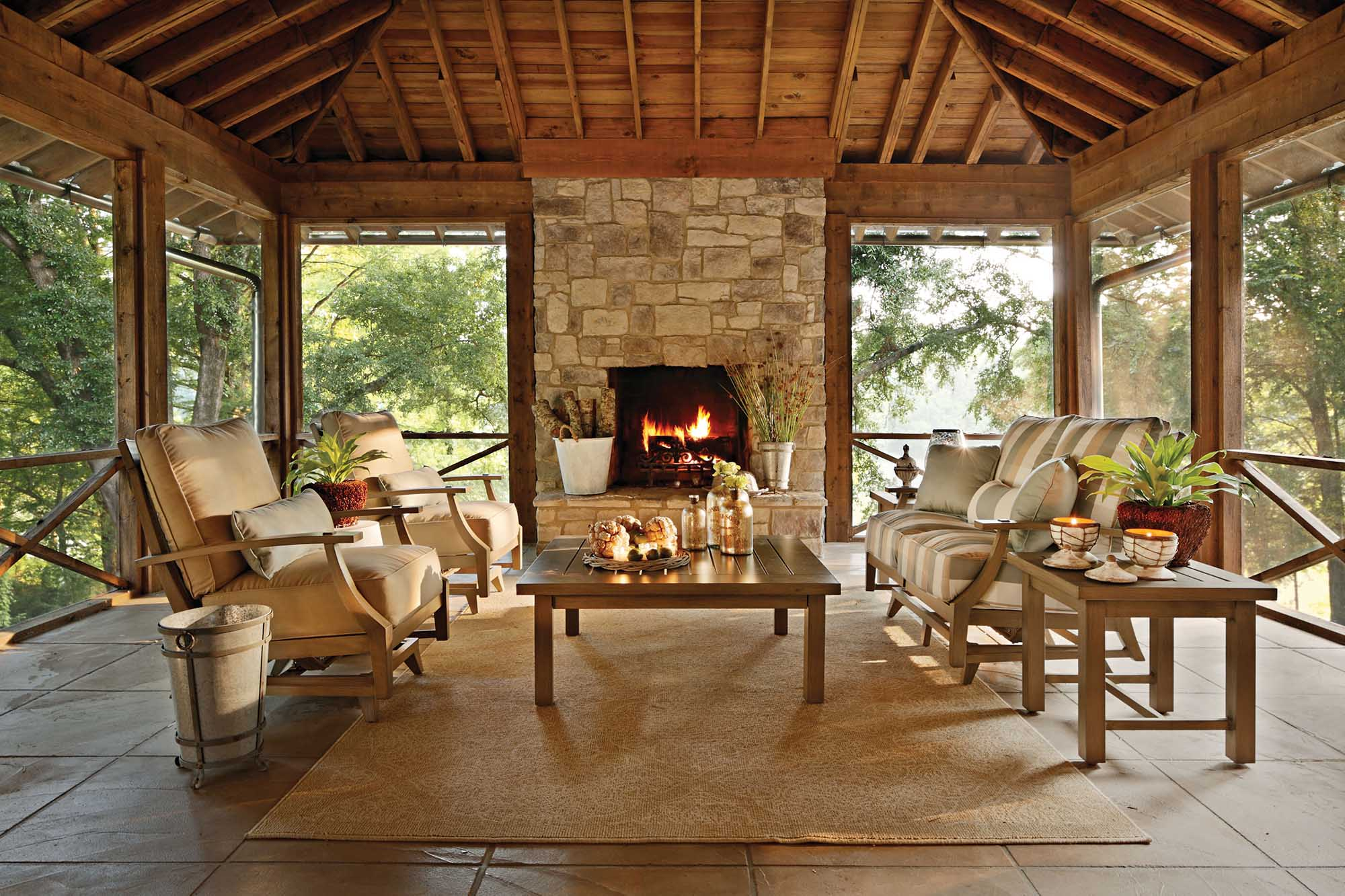 Leading US Outdoor Furniture Brand Signs Franchise ... on Outdoor Living And Patio id=84124