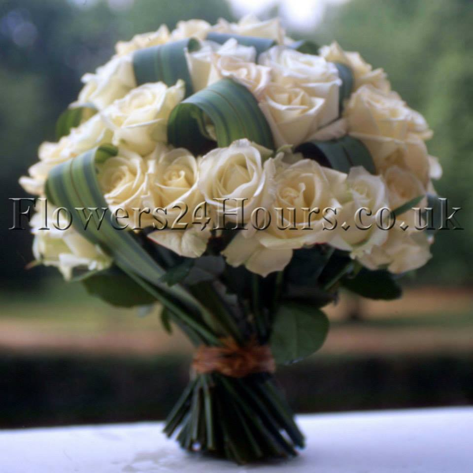 Valentines Day Flowers And Gifts By Flowers24Hours Same