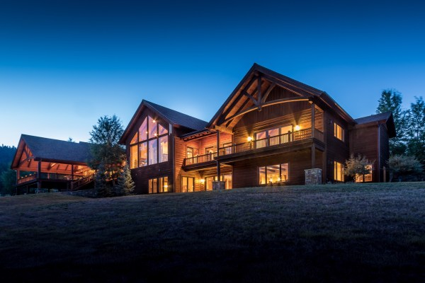 Bitterroot Valley Luxury Estate Offers Mountain Views ...
