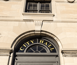 Moving Local Government Applications to the Cloud City Hall