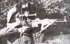 MP44 assault rifle with 'vampire' infra-red sight