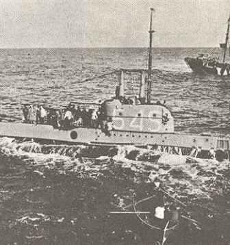 Submarine Shark surrenders to German escort ships