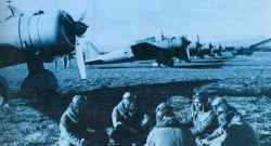 Pilots and observers of a Ki-30 Chutai