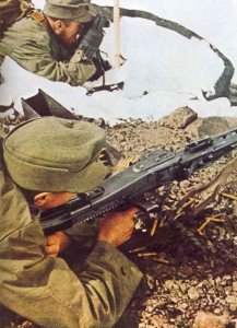 German mountain troops MG42 gunner
