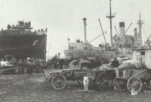 Loading of evacuation vessels in East Germany
