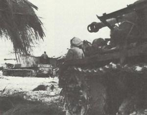 Nashorn tank destroyer in front of Vistula bridgehead
