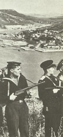 Russian marine with PPSh submachine gun