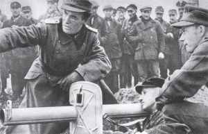 Exercise of soldiers of the German Volkssturm