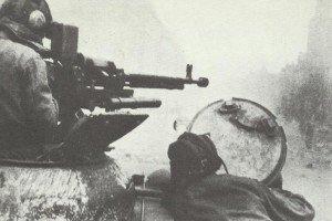 Russian tank destroyer street fighting Berlin