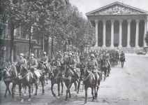 German artillery in the streets of Paris in front of the church of Sainte Madeleine