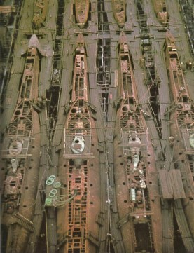 Mass production of Type XXI submarines