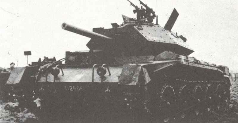 Crusader III with Vickers 'K' gun anti-aircraft
