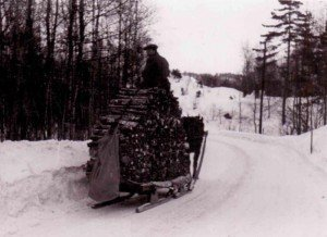 ooden sled in the winter of 1940-41 near Kristiansand