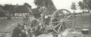 German artillerymen during the Brusilov offensive