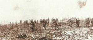 Canadian troops advance at Vimy