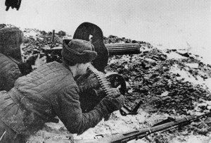 soldiers with a Maxim-MG in action