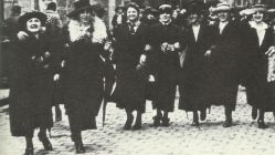 militant 'midinettes' on the march