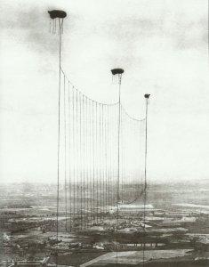 balloon wire barrage London