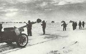 German column with anti-tank guns, infantry and tanks