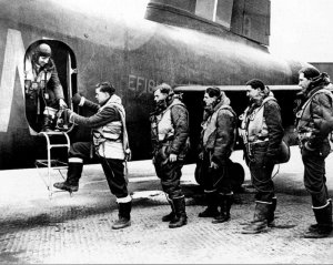 crew of a Stirling bomber