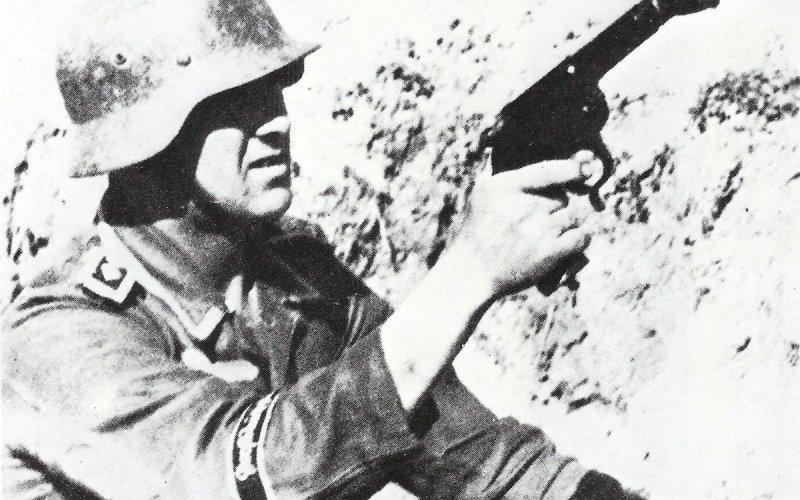 Battle Pistol