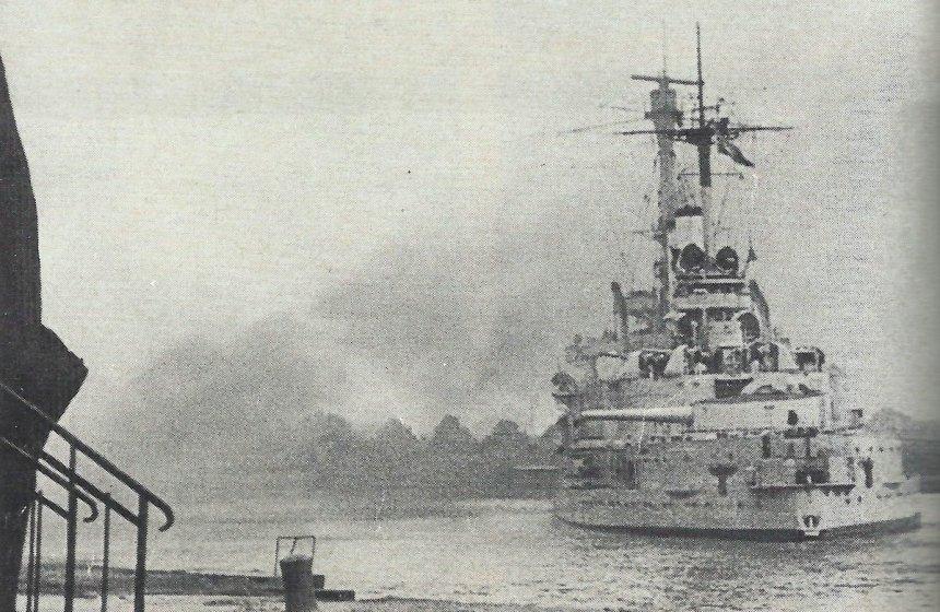 'Schleswig-Holstein' bombards the Westerplatte