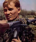 MG42 machine gunner
