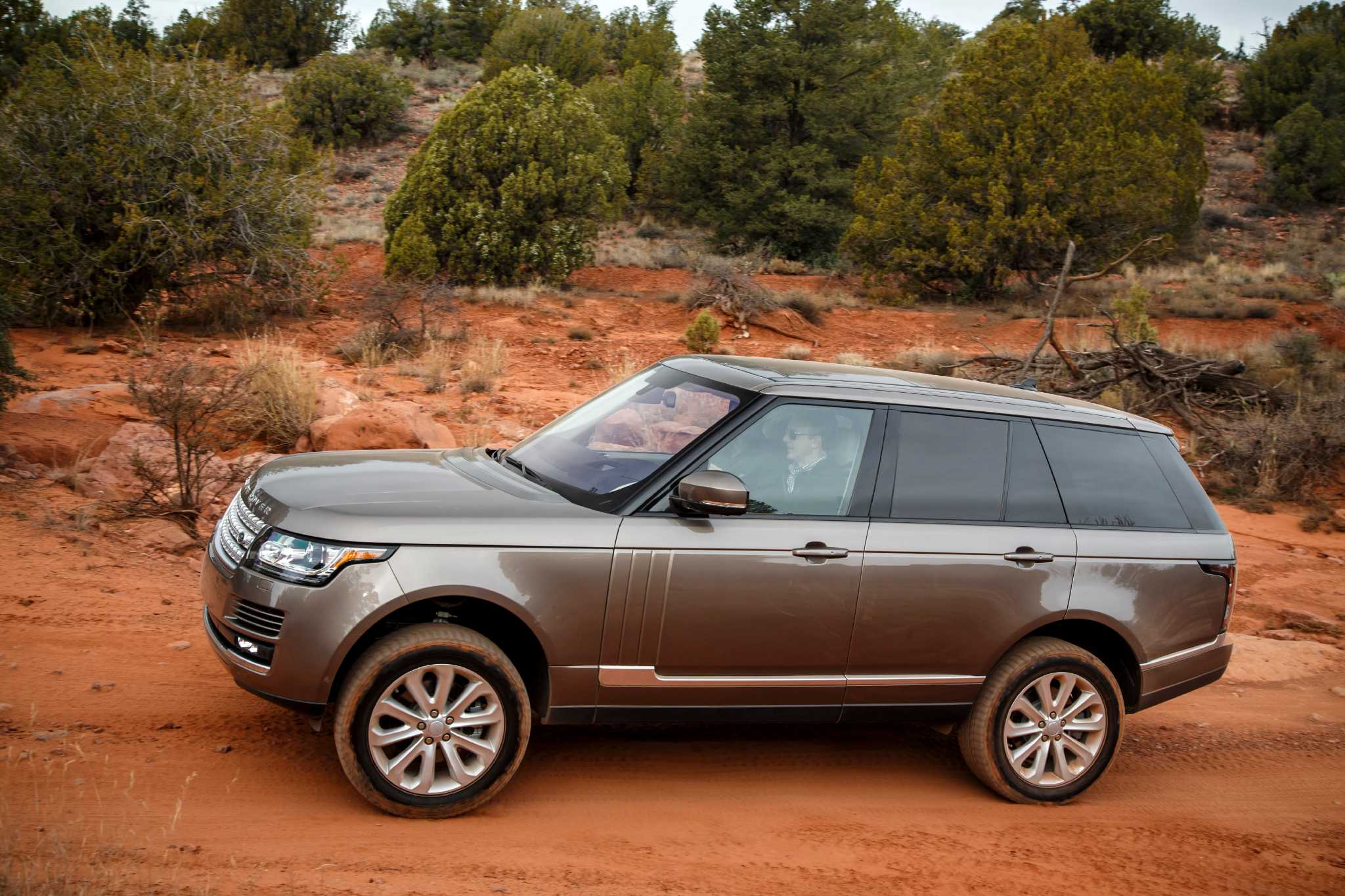 Land Rover adds sel to the 2016 Range Rover lineup Houston