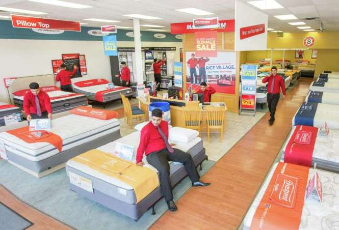 Composite Photo Renan Brandao A Manager For Two Mattress Firm S On Rice
